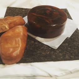 Historic faux food; Historic fake food; bread; daube glace